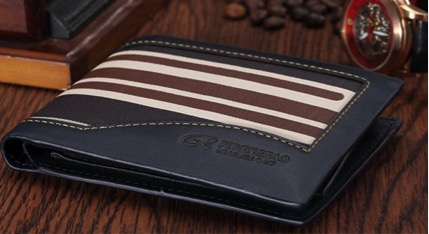3 Common mistakes men often make when purchasing their wallet