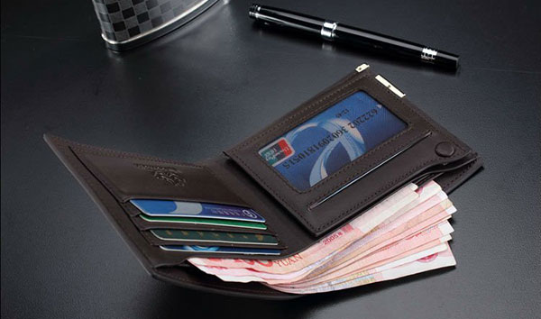 Best-black-leather-wallet-in-modern-designs
