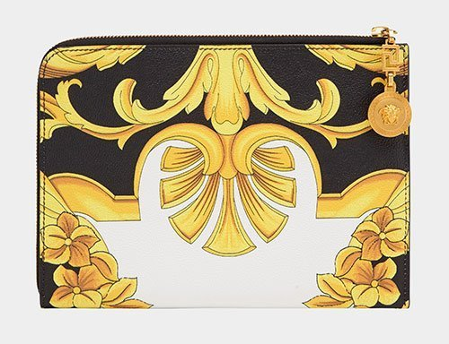 b50b0487a4a11 10 Best Versace Wallets for Women That Brings the Touch Of Modern ...
